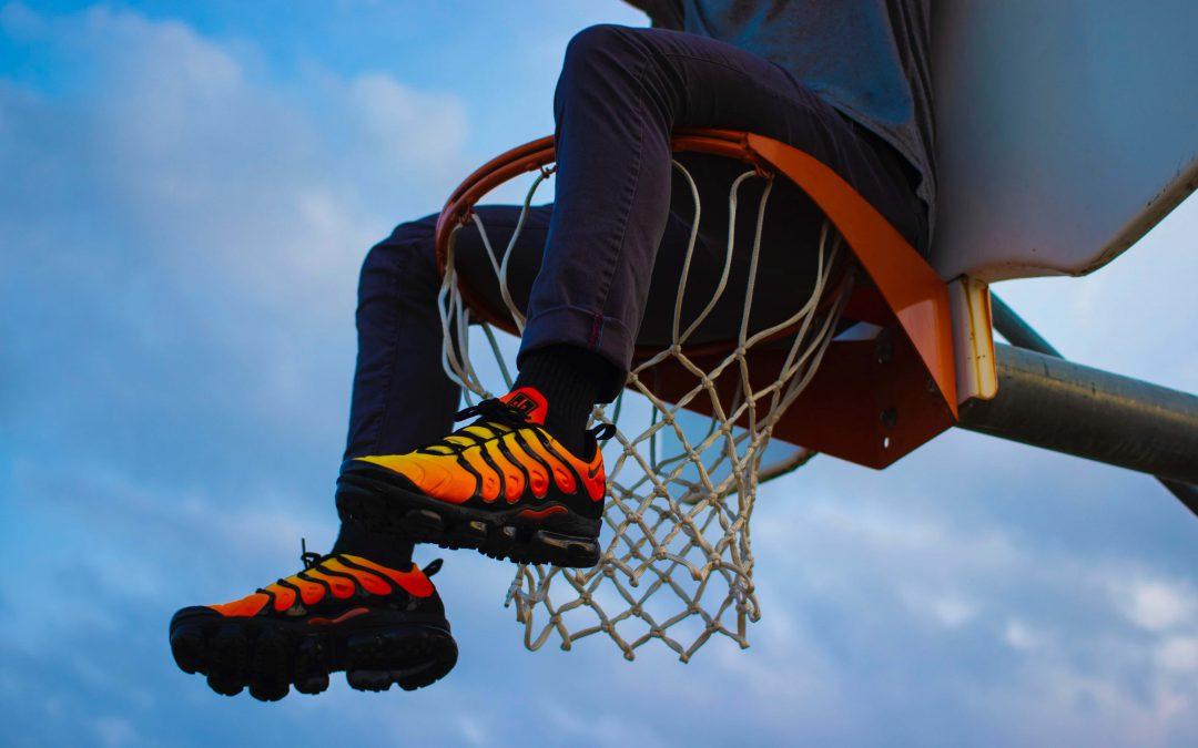 کامل ترین راهنمای خرید کفش بسکتبال : بهترین کتانی های بسکتبال 2018