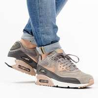 کتونی رانینگ نایک ایرمکس90  running shoes nike wmns air max 90 ltr  768887-201